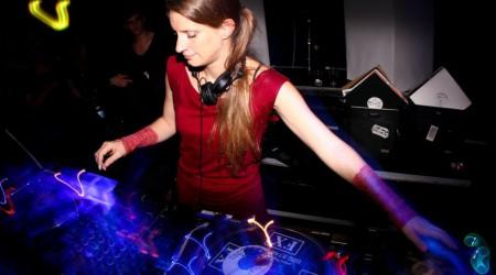 Sonja Moonear – To the light – mnml.nl podcast01
